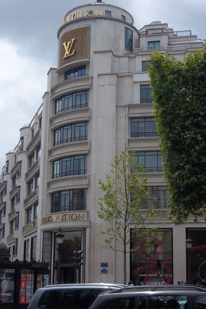 Louis Vuitton - Paris