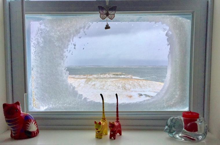 winter-window-1280x846